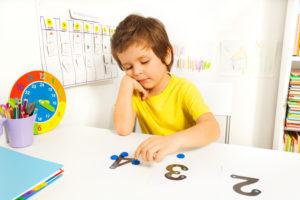 autyzm dziecięcy przyczyny